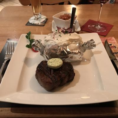 Steak mit Folienkartoffel